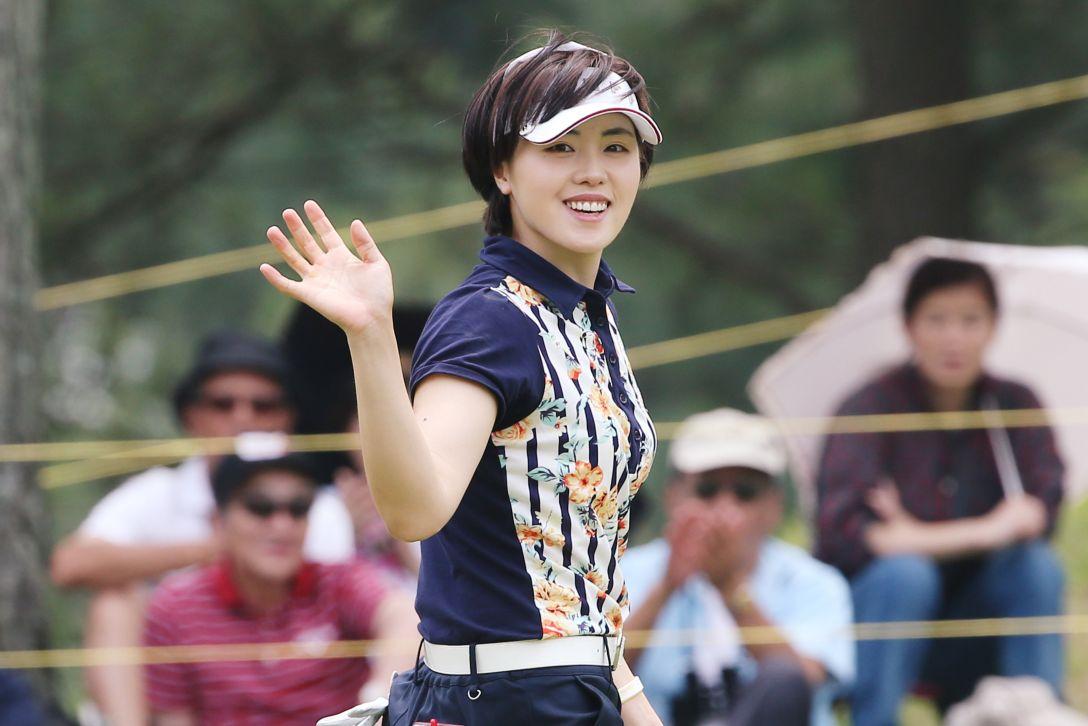 サントリーレディスオープンゴルフトーナメント 3日目 ナ ダエ
