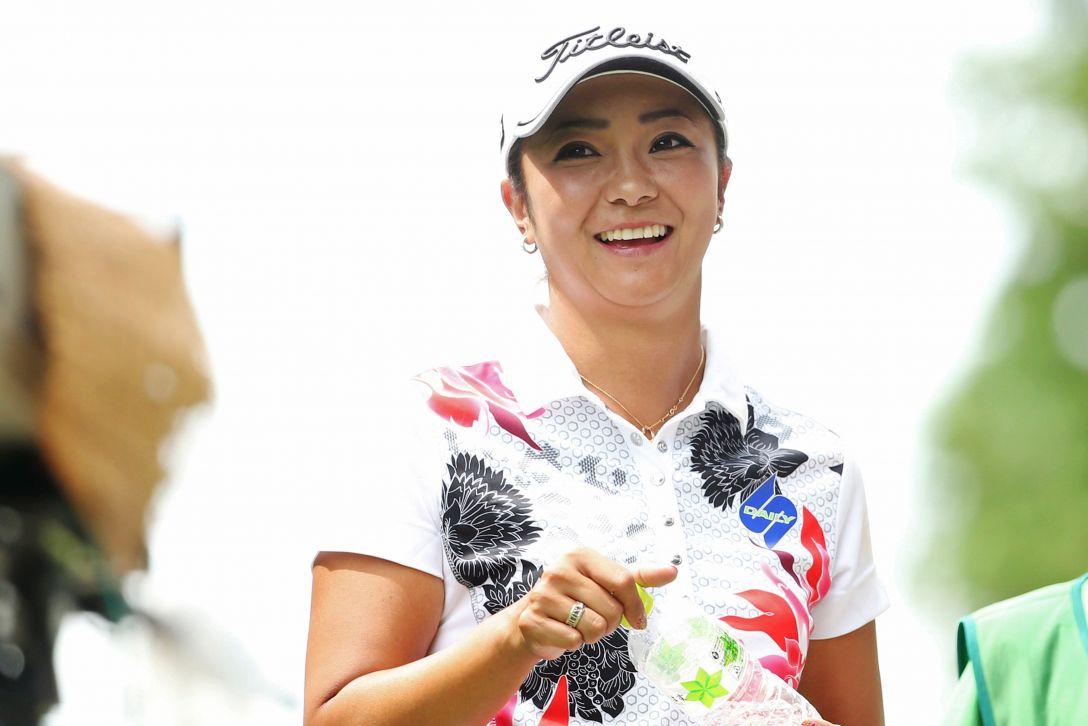 ゴルフ5レディス 2日目 三塚優子<写真:Atsushi Tomura/Getty Images>