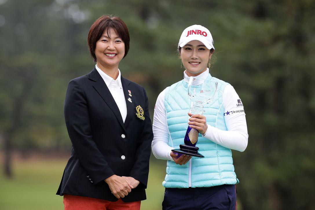 LPGAツアーチャンピオンシップリコーカップ 最終日 小林 浩美 キム ハヌル <Photo:Chung Sung-Jun/Getty Images>