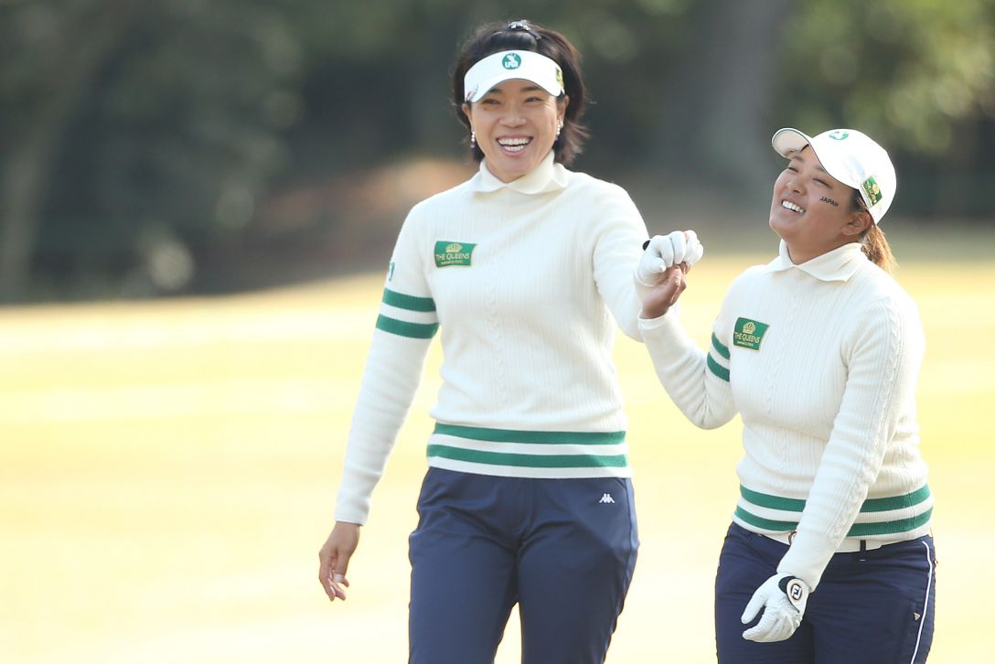 THE QUEENS 1日目 大山志保、鈴木愛 <Photo:Atsushi Tomura/Getty Images>