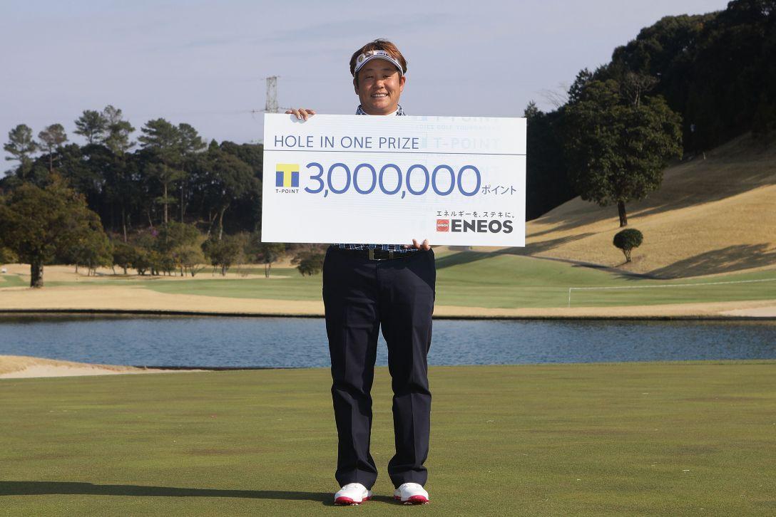 Tポイントレディス ゴルフトーナメント 最終日 表純子 <Photo:Chung Sung-Jun/Getty Images>
