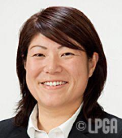 髙岡 綾子