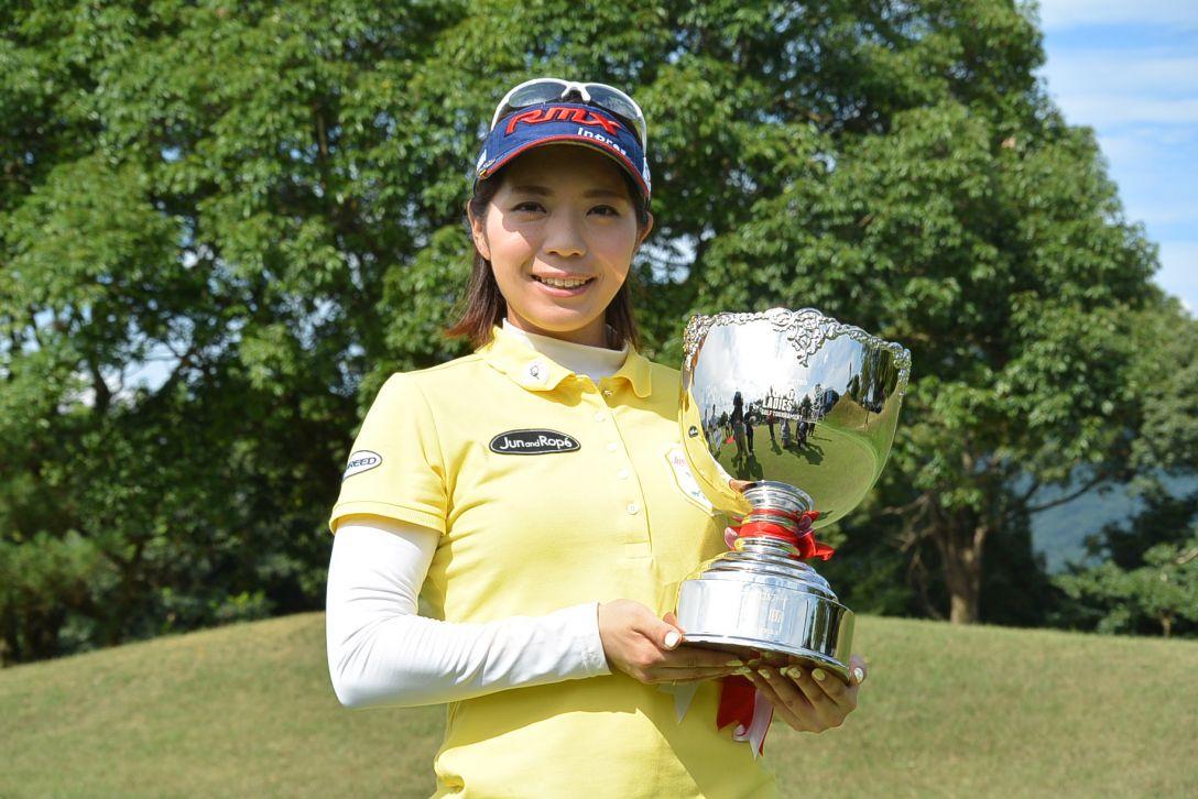 KCFG レディースゴルフトーナメント 最終日 中村香織