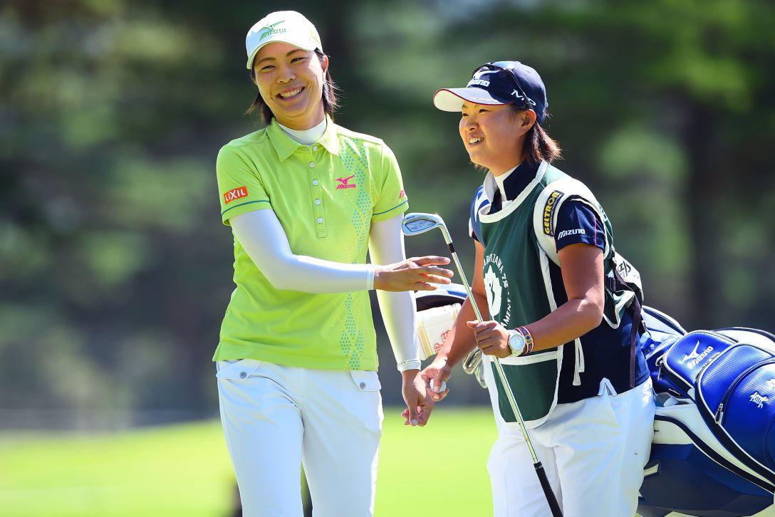 NEC軽井沢72ゴルフ 2日目 服部真夕<写真:Masterpress/Getty Images>