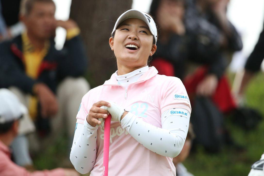 日本女子オープンゴルフ選手権 1日目 鈴木愛<写真:Atsushi Tomura/Getty Images>