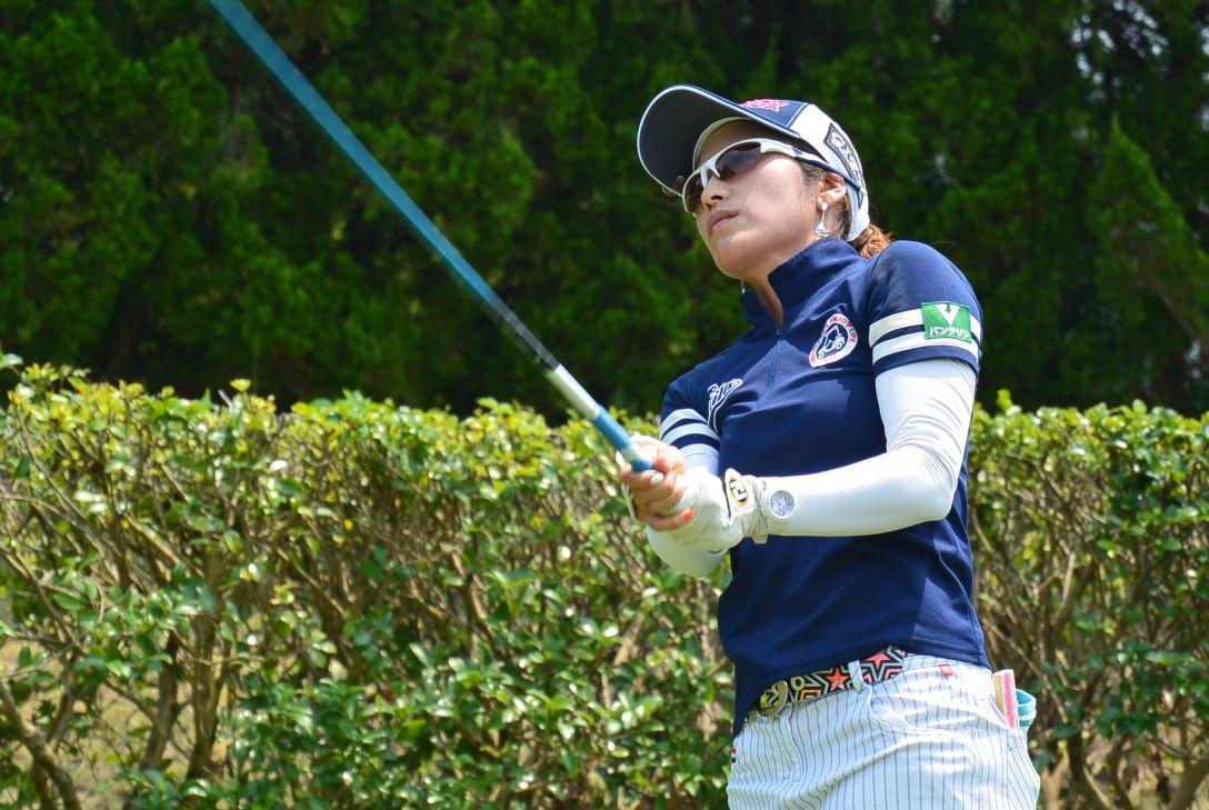九州みらい建設グループレディースゴルフトーナメント 1日目 宅島美香