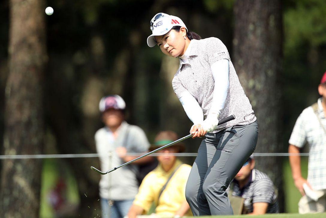 NEC軽井沢72ゴルフトーナメント 2日目 上原彩子 <Photo:Atsushi Tomura/Getty Images>