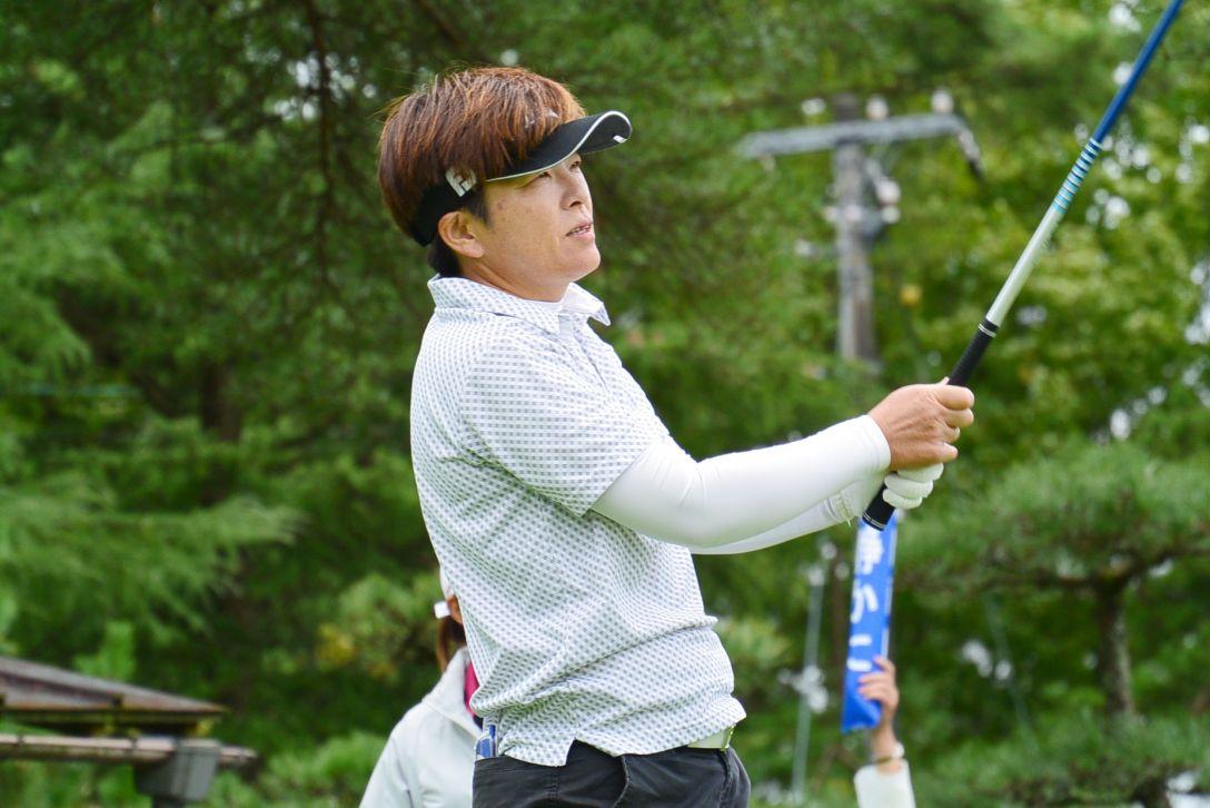 中国新聞ちゅーピーレディースカップ 1日目 岡崎 綾子