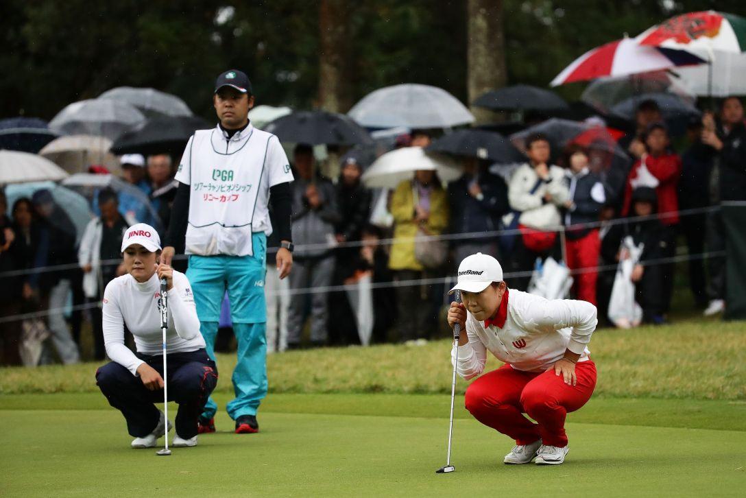 LPGAツアーチャンピオンシップリコーカップ 最終日 キム ハヌル 申 ジエ <Photo:Chung Sung-Jun/Getty Images>
