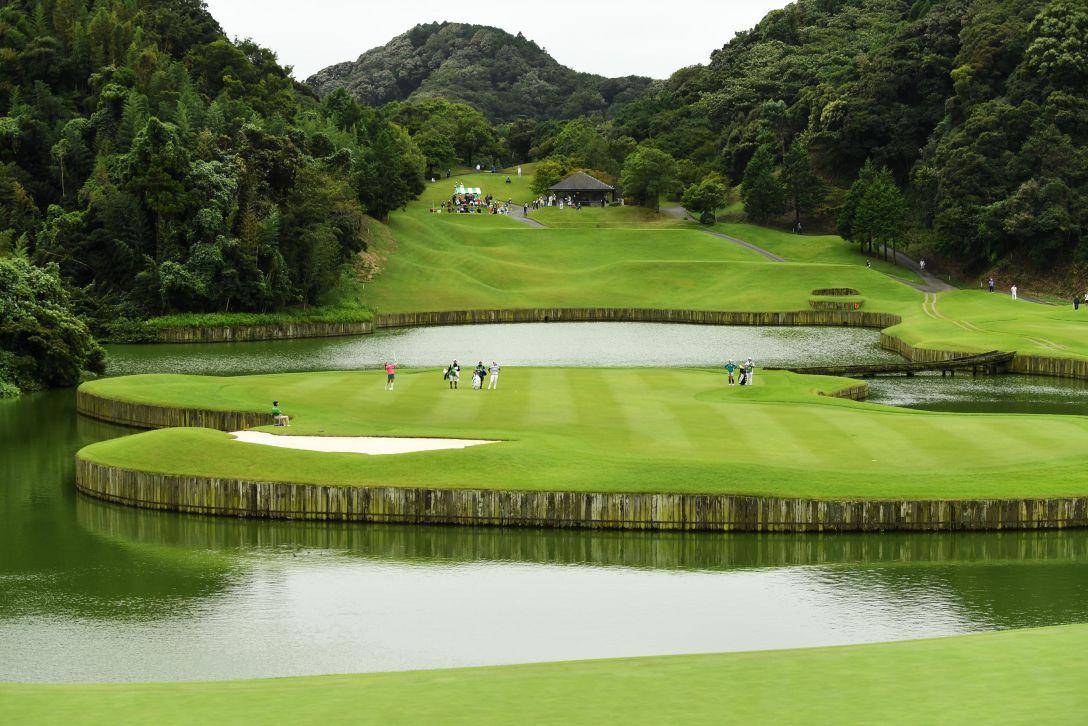 ゴルフ5レディス プロゴルフトーナメント 2日目 <Photo:Atsushi Tomura/Getty Images>