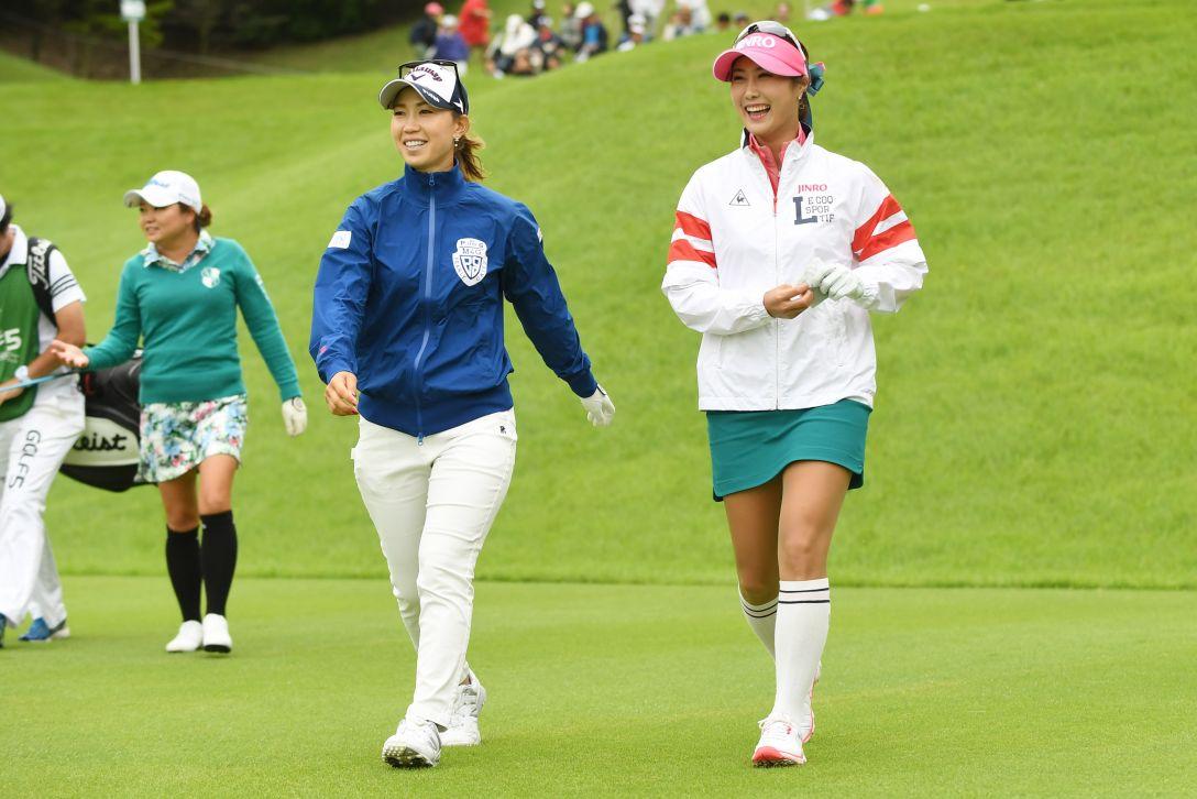 ゴルフ5レディス プロゴルフトーナメント 2日目 上田桃子、キムハヌル <Photo:Atsushi Tomura/Getty Images>
