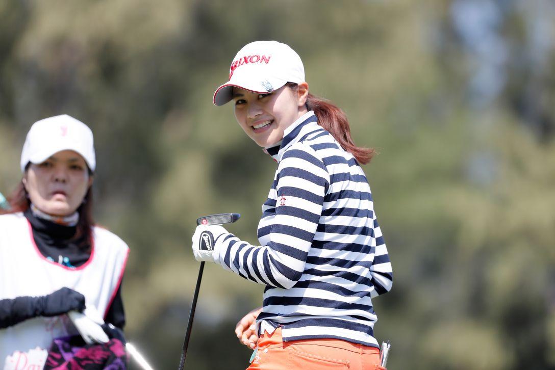 ダイキンオーキッドレディスゴルフトーナメント 1日目 新垣比菜 <Photo:Ken Ishii/Getty Images>