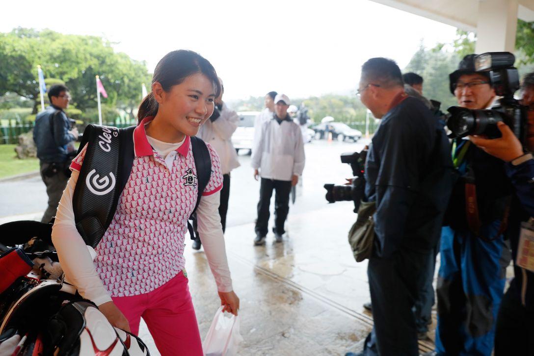 ダイキンオーキッドレディスゴルフトーナメント 3日目 新垣比菜 <Photo:Ken Ishii/Getty Images>