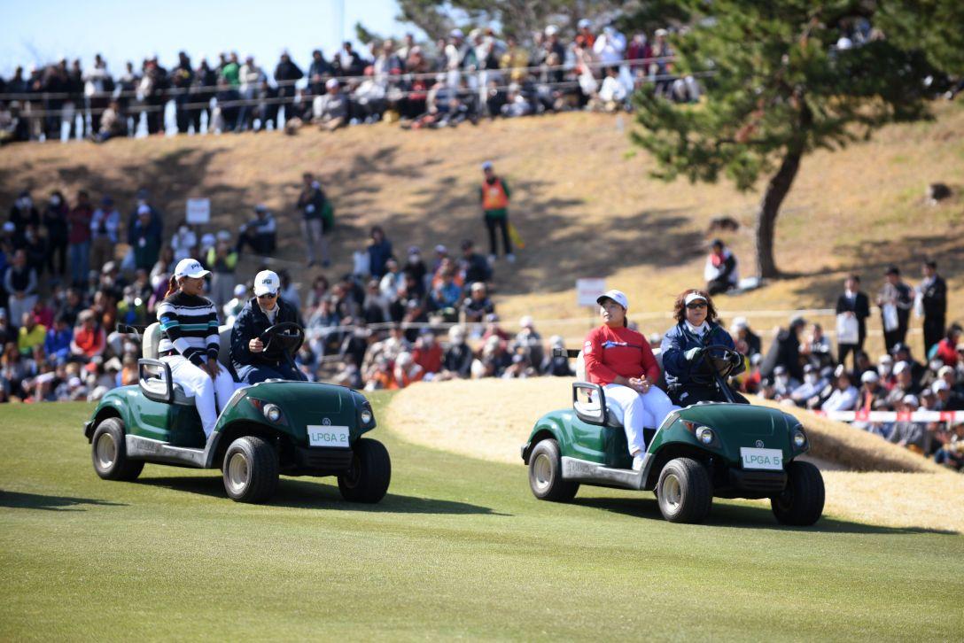 ヨコハマタイヤゴルフトーナメント PRGRレディスカップ 最終日 アン ソンジュ 鈴木 愛 <Photo:Atsushi Tomura/Getty Images>