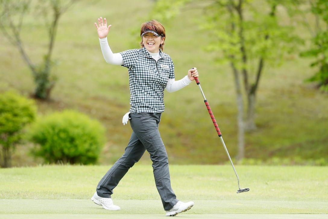 サイバーエージェント レディスゴルフトーナメント 第1日 福嶋浩子 <Photo:Ken Ishii/Getty Images>