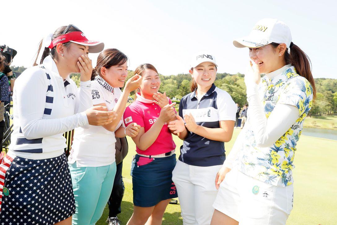 サイバーエージェント レディスゴルフトーナメント 最終日 新垣 比菜 <Photo:Ken Ishii/Getty Images>