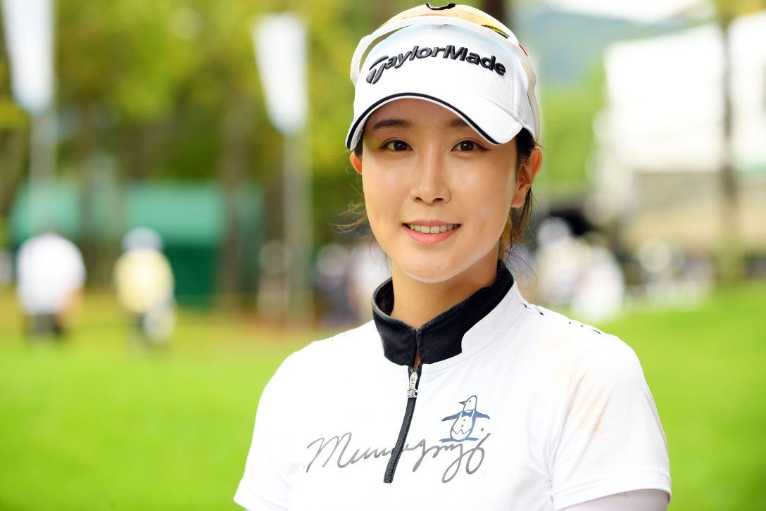 宮里藍 サントリーレディスオープンゴルフトーナメント 第1日 ジョンジェウン <Photo:Atsushi Tomura/Getty Images>