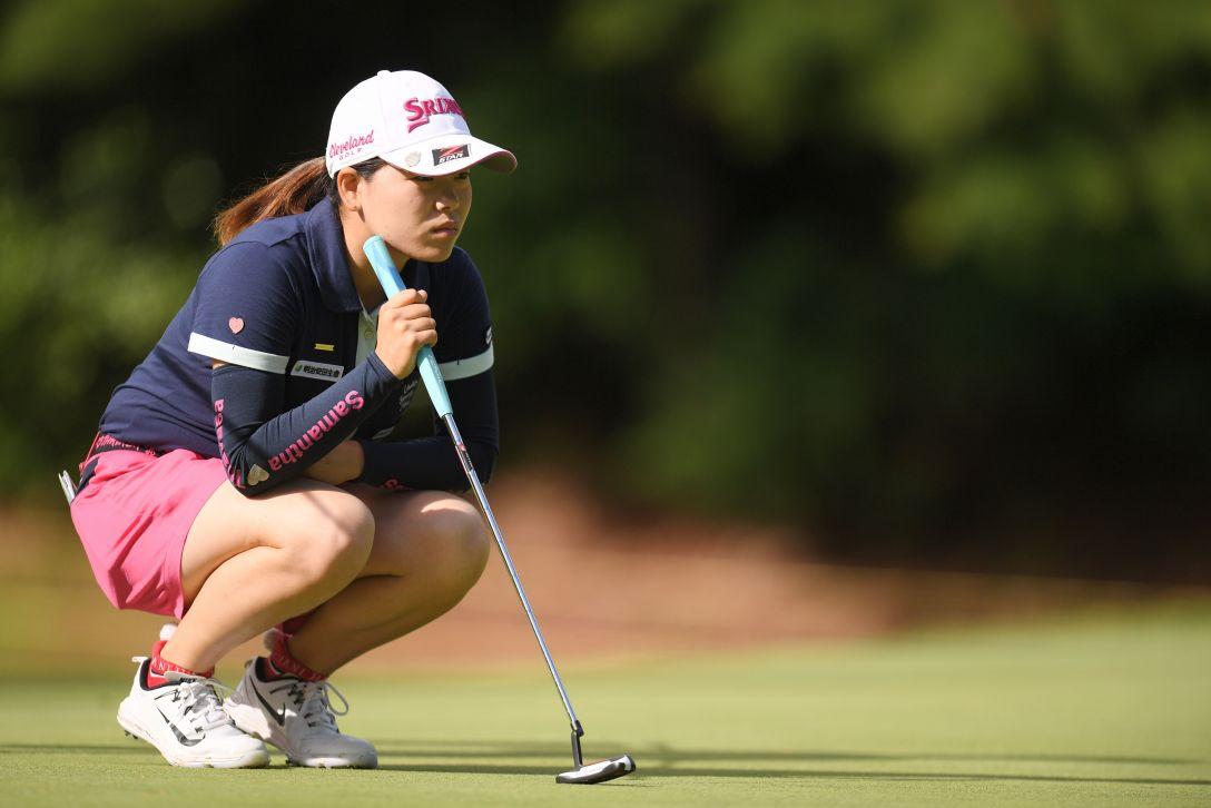 宮里藍 サントリーレディスオープンゴルフトーナメント 第1日 勝みなみ <Photo:Atsushi Tomura/Getty Images>