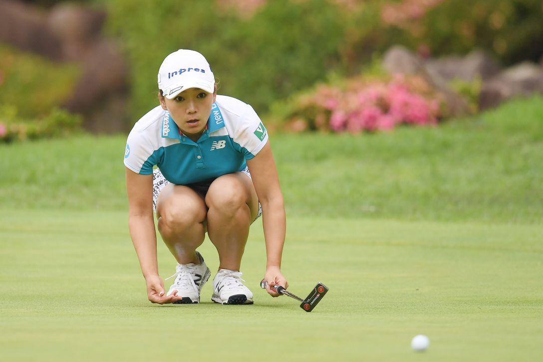 宮里藍 サントリーレディスオープンゴルフトーナメント 第2日 有村智恵 <Photo:Atsushi Tomura/Getty Images>