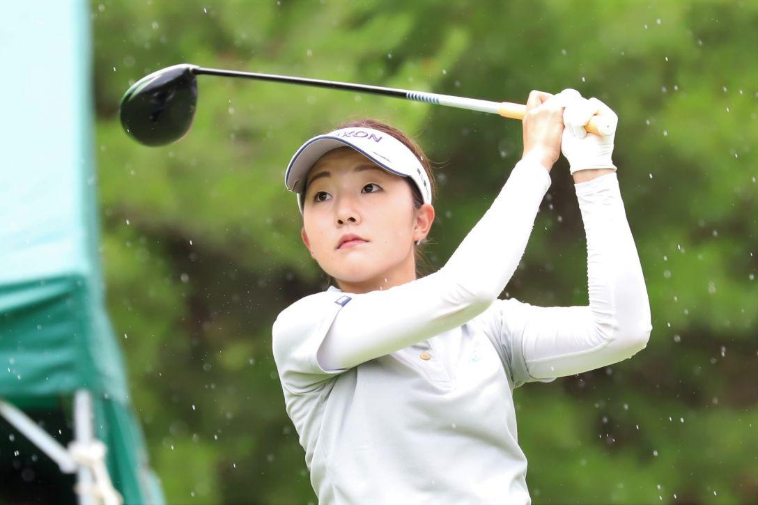 ECCレディス ゴルフトーナメント 第1日 岸部 桃子