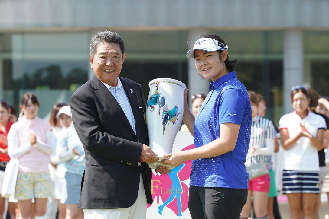 ツインフィールズレディーストーナメント 最終日 川岸史果 <Photo:Ken Ishii/Getty Images>