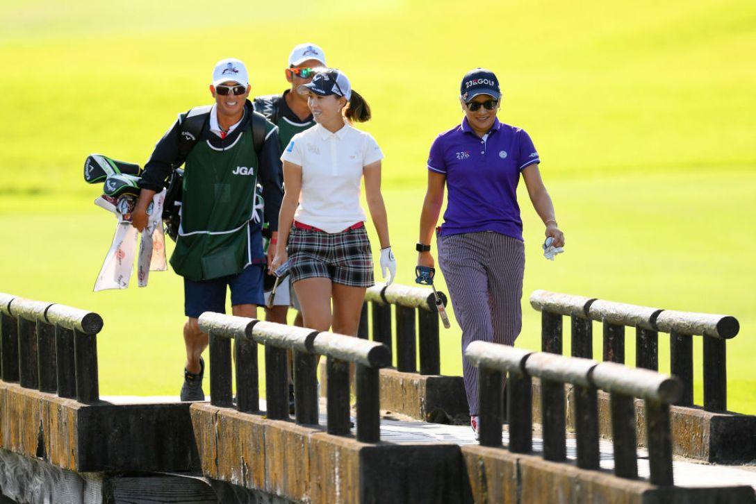 日本女子オープンゴルフ選手権 第3日 上田桃子 成田美寿々<Photo:Atsushi tomura/Getty Images>