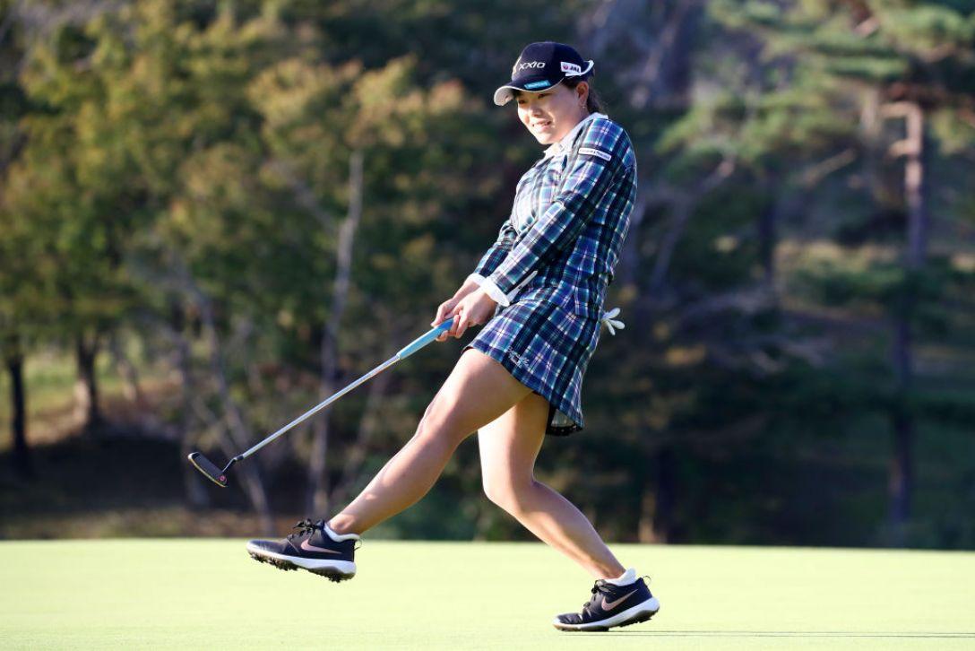 樋口久子 三菱電機レディスゴルフトーナメント 第2日 勝みなみ <Photo:Chung Sung-Jun/Getty Images>