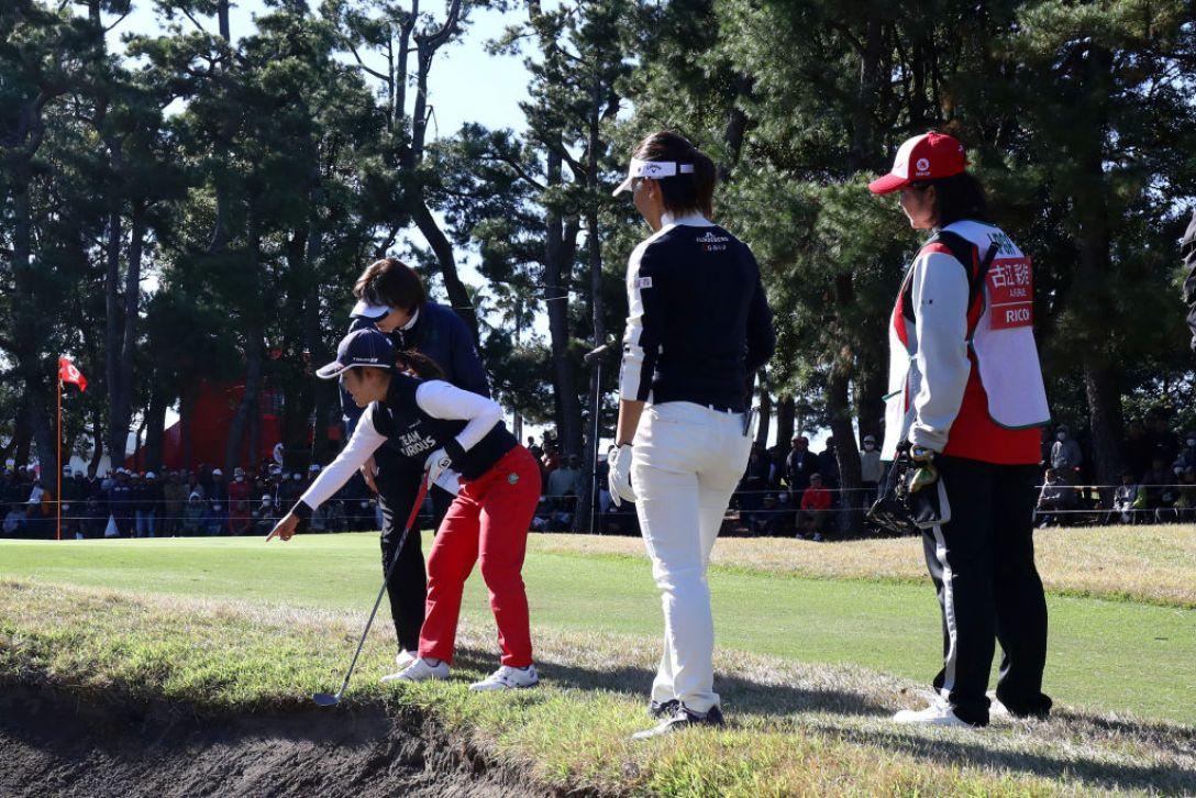 LPGAツアーチャンピオンシップリコーカップ 第2日 古江彩佳 テレサ・ルー <Photo:Chung Sung-Jun/Getty Images>