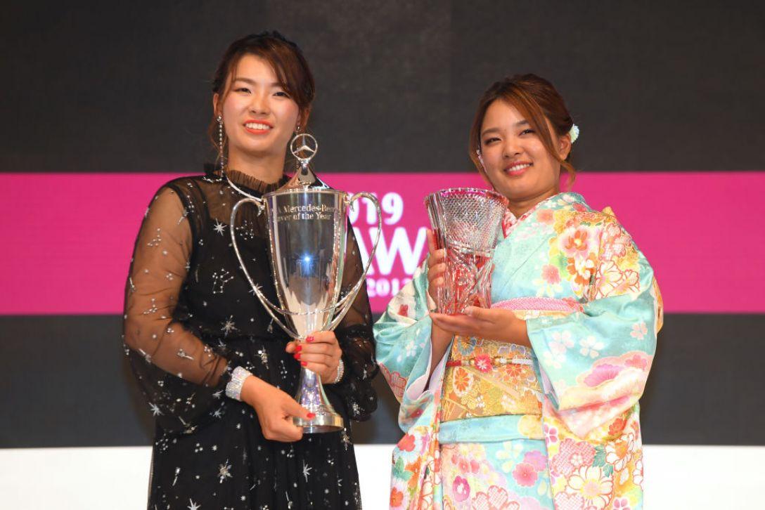 鈴木愛&渋野日向子<Photo:Atsushi Tomura/Getty Images>