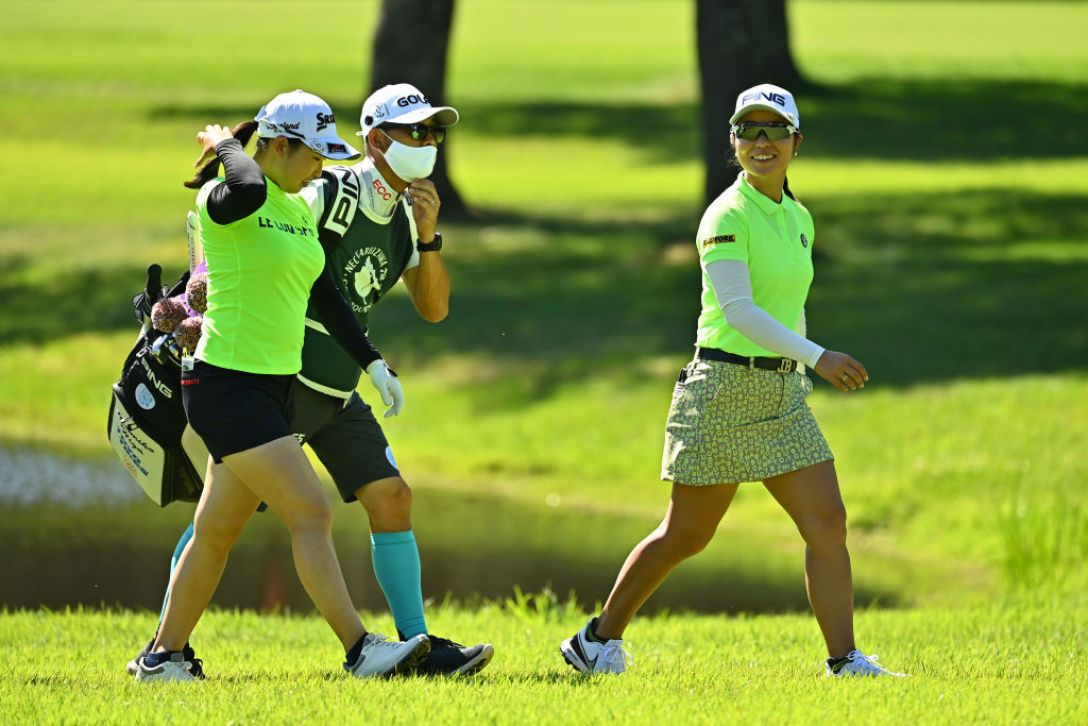 NEC軽井沢72ゴルフトーナメント 第2日 小祝さくら 比嘉真美子 <Photo:Atsushi Tomura/Getty Images>