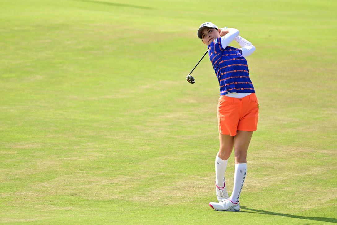 日本女子プロゴルフ選手権大会コニカミノルタ杯 第1日 新垣比菜 <Photo:Atsushi Tomura/Getty Images>
