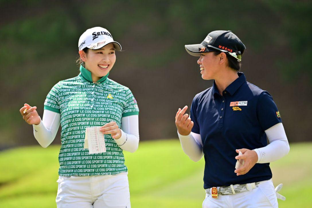 日本女子オープンゴルフ選手権 第2日 小祝さくら 笹生優花 <Photo:Atsushi Tomura/Getty Images>