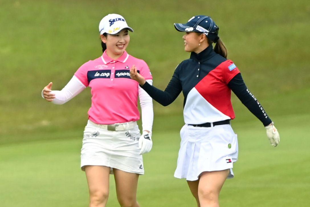 パナソニックオープンレディースゴルフトーナメント 第1日 小祝さくら 吉田優利 <Photo:Atsushi Tomura/Getty Images>