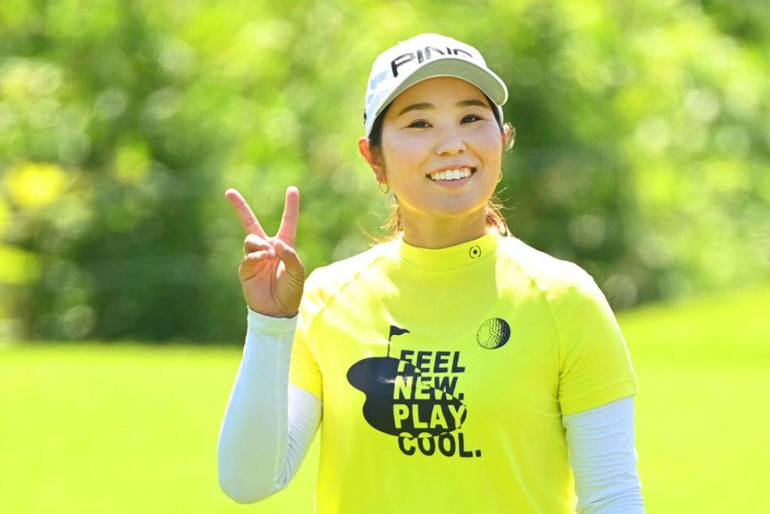宮里藍 サントリーレディスオープンゴルフトーナメント 比嘉真美子 <Photo:Atsushi Tomura/Getty Images>