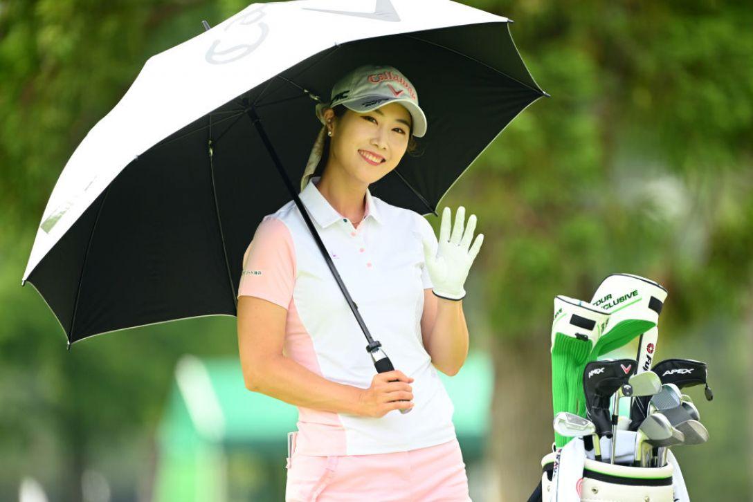 宮里藍 サントリーレディスオープンゴルフトーナメント 第2日 キムハヌル <Photo:Atsushi Tomura/Getty Images>