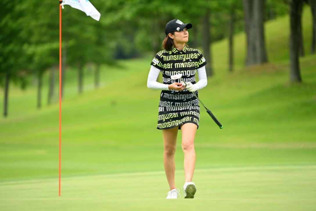 宮里藍 サントリーレディスオープンゴルフトーナメント 第3日 新垣比菜 <Photo:Atsushi Tomura/Getty Images>